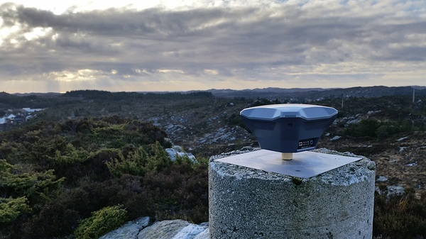 Reach RS+ set over a trig point in Norway